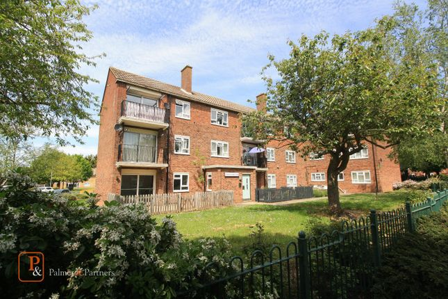 Thumbnail Flat to rent in Fuchsia Court, Colchester, Essex