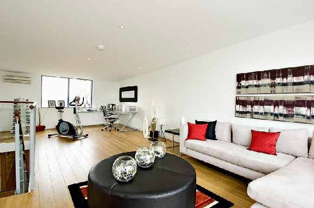Thumbnail Flat to rent in Wood Wharf, Horseferry Place, Greenwich