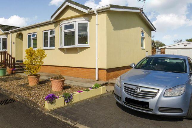 Thumbnail Mobile/park home for sale in Lodge Park, Langham, Oakham
