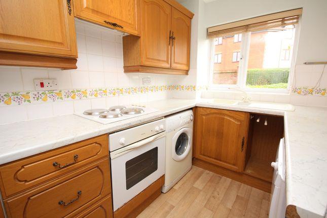 Thumbnail Flat to rent in Haysman Close, Letchworth Garden City