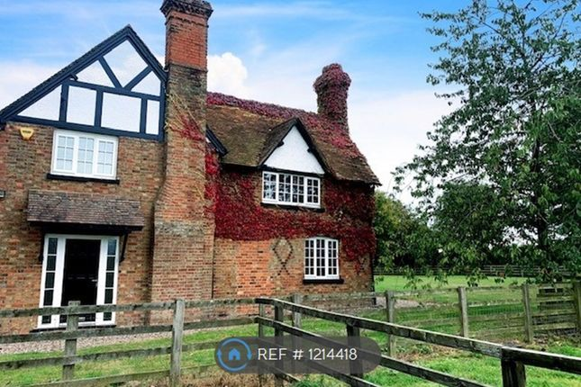 Thumbnail Detached house to rent in Ledburn Farmhouse, Ledburn, Leighton Buzzard