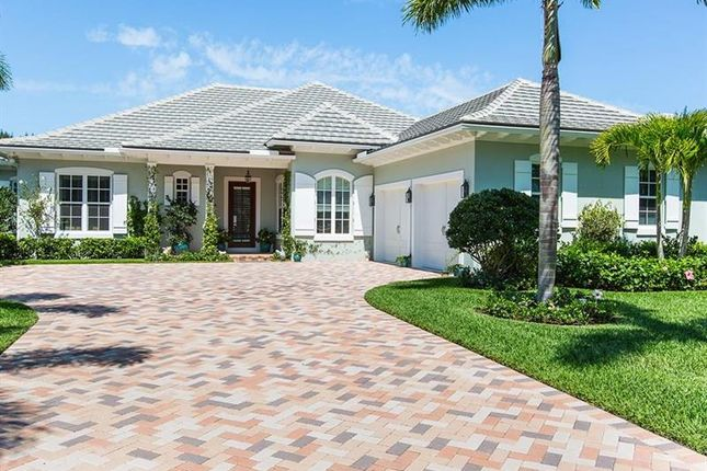 Thumbnail Property for sale in 220 Palm Island Lane, Vero Beach, Florida, United States Of America