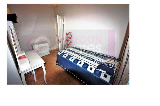 Room to rent in Sutherland Road, West Croydon