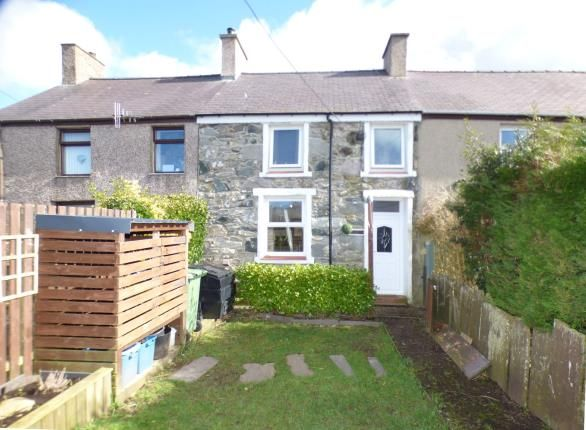 Thumbnail Terraced house for sale in Manorau, Ty'n Y Weirglodd, Penygroes, Caernarfon