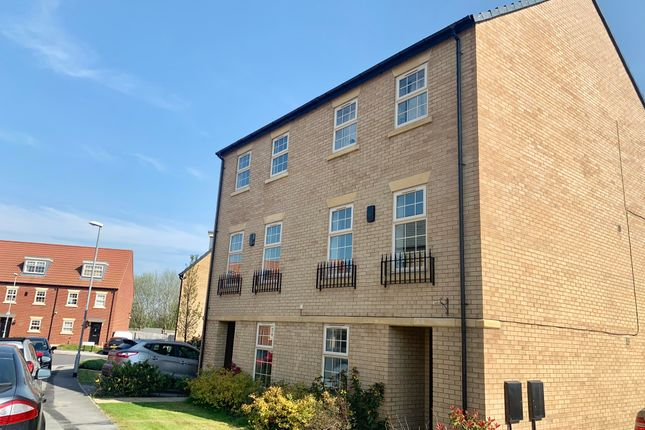Thumbnail Property to rent in Dealtry Road, Leeds