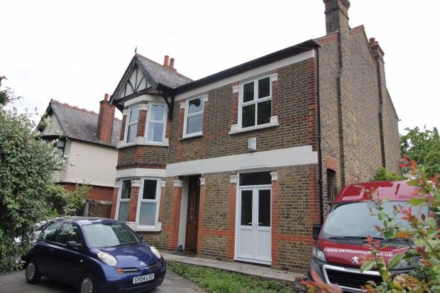 Thumbnail Detached house to rent in Billet Lane, Hornchurch