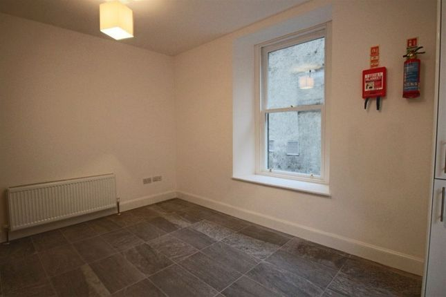 Thumbnail Flat to rent in 1/1 226 Sauchiehall Lane, Upper Mews, Glasgow