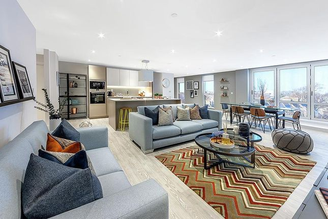 Thumbnail Flat for sale in London Square, Streatham Hill, Streatham