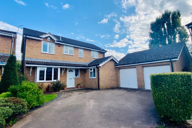 Dean Way, Aston Clinton, Aylesbury HP22