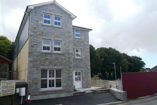 Thumbnail Flat to rent in Chapel Street, Redruth