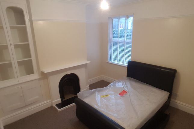 Thumbnail Shared accommodation to rent in Moscow Drive, Room 2, Liverpool