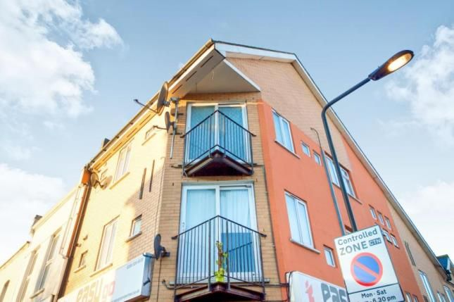 Thumbnail Property for sale in High Road Leytonstone, London