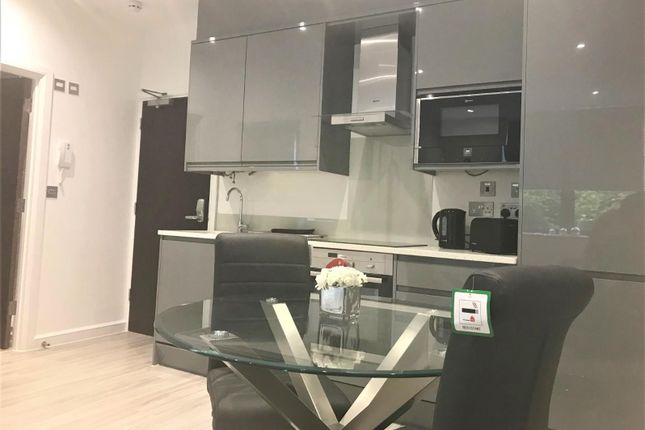 Thumbnail Flat to rent in Milburn Avenue, Oldbrook, Milton Keynes