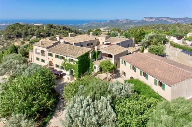Thumbnail Country house for sale in Calvia, Mallorca, Spain