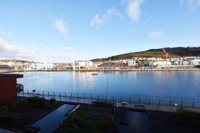Views of Kings Road, Swansea SA1