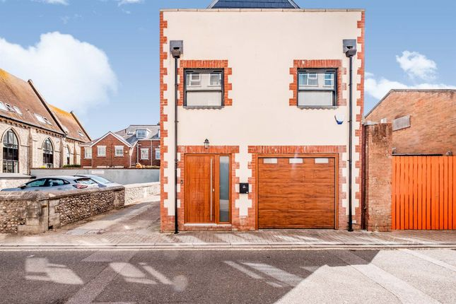 Thumbnail Detached house for sale in Ship Street, Shoreham-By-Sea