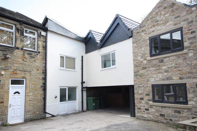 Thumbnail Flat to rent in Town Street, Rawdon, Leeds
