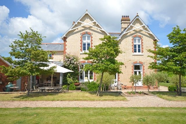 Thumbnail Country house to rent in Chudleigh Road, Alphington, Exeter