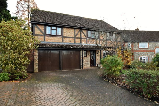 Thumbnail Detached house for sale in Throgmorton Road, Yateley