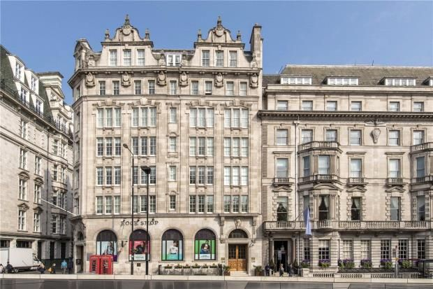 External of Latymer House, 134 Piccadilly, London W1J