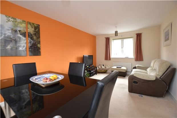 Thumbnail Flat for sale in Jack Russell Close, Stroud, Gloucestershire
