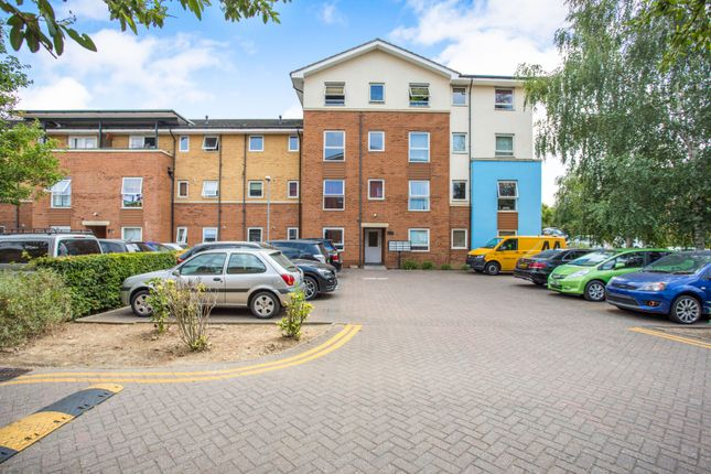 Thumbnail Property to rent in Admiralty Close, West Drayton