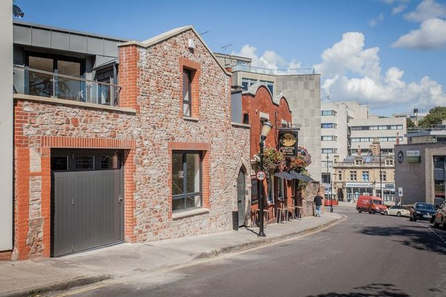 Thumbnail Terraced house for sale in Park Place, Clifton, Bristol