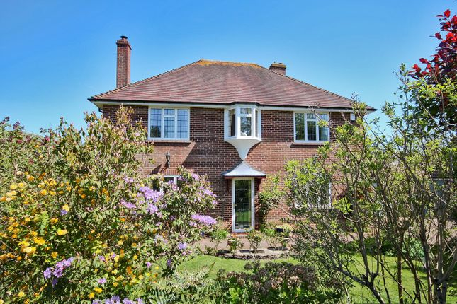 Thumbnail Detached house for sale in Mayflower Close, Lymington