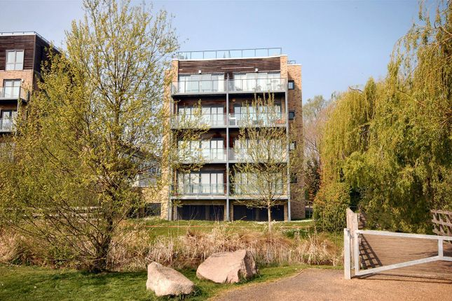Thumbnail Flat to rent in Pepys Court, Cambridge