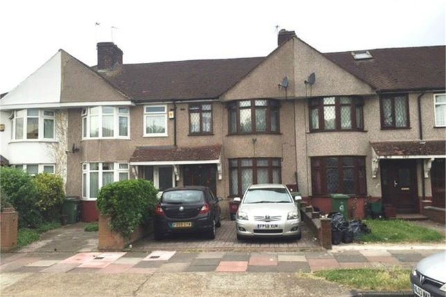 Thumbnail Terraced house to rent in Ramillies Road, Blackfen, Sidcup