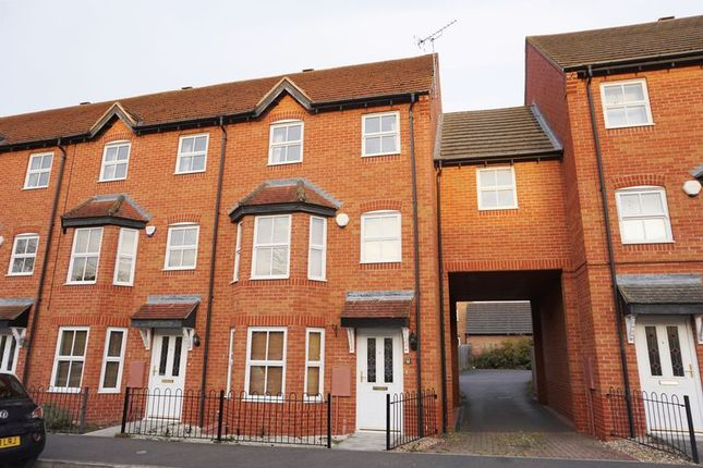 Thumbnail Town house to rent in East Water Crescent, Hampton Vale, Peterborough