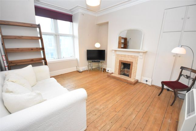 Thumbnail Penthouse to rent in Great Western Road, Top Right (Flat F), Aberdeen