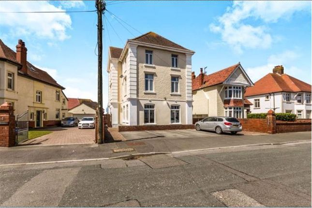 Thumbnail Property to rent in Redcroft House, Lougher Gardens, Porthcawl
