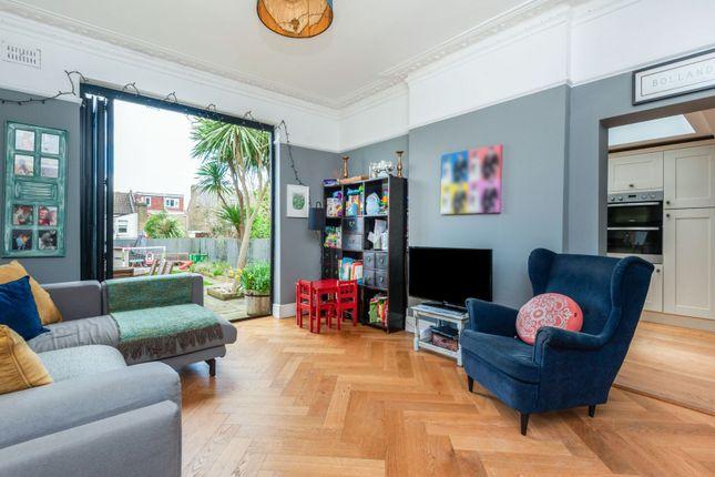 Family Room of Stodart Road, Anerley SE20