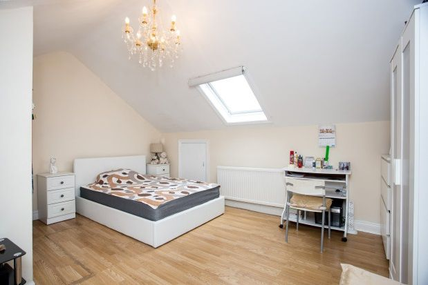 Thumbnail Flat to rent in Poplar Mews, Uxbridge Road, London