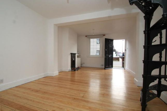 1 bed terraced house to rent in North Road, Bromley BR1