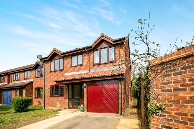 Thumbnail Detached house for sale in Applecroft, Lower Stondon, Henlow, Bedfordshire
