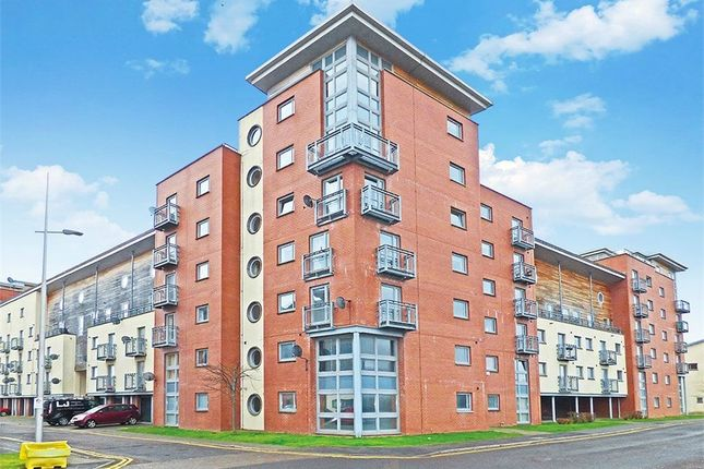 Thumbnail Flat for sale in South Victoria Dock Road, Dundee