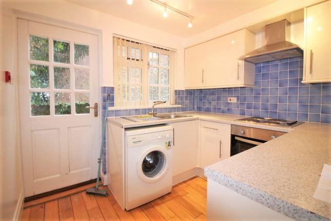 Thumbnail Flat to rent in Bartholomew Street West, Exeter