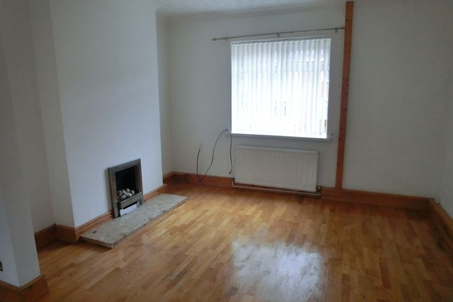 Thumbnail Terraced house to rent in Kelvin Road, Clydach, Swansea.