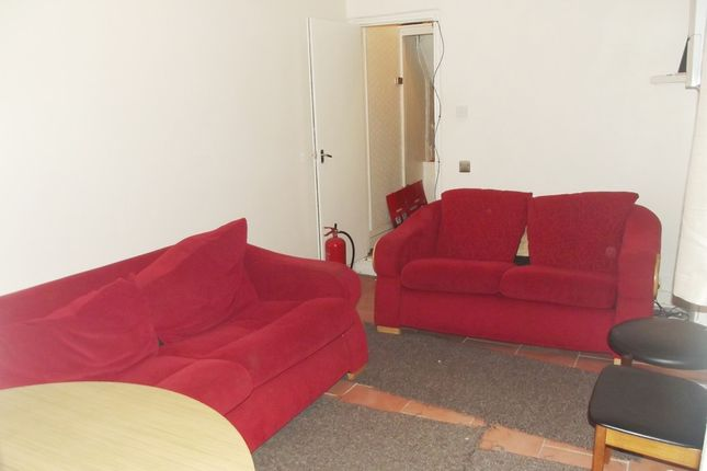 Thumbnail Property to rent in Rusholme Place, Manchester