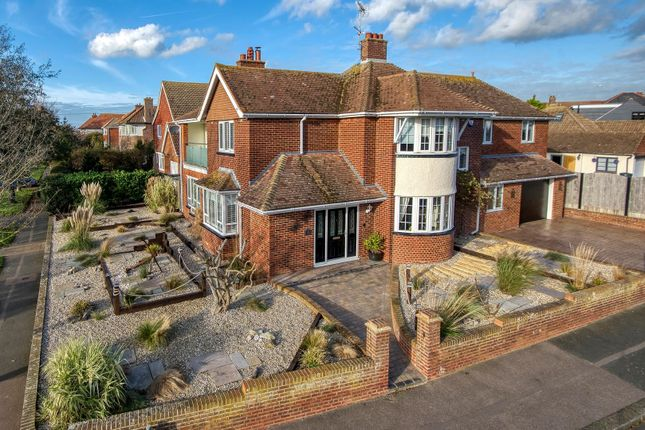4 bed detached house for sale in London Road, Ramsgate CT11
