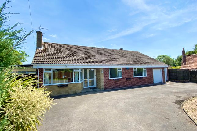3 bed detached bungalow for sale in Main Street, Fenton, Newark NG23
