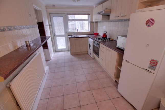 Thumbnail Terraced house to rent in Varden Croft, Birmingham
