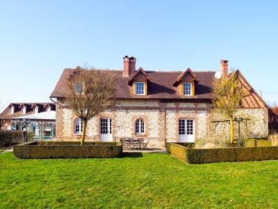 Thumbnail Property for sale in Senantes, Oise, France