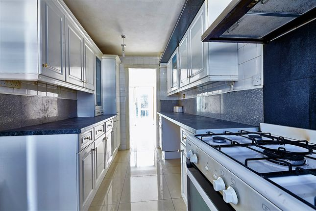 Thumbnail Semi-detached house for sale in Howard Close, London