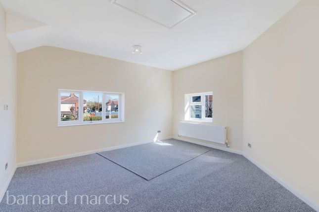 Bedroom of Camomile Avenue, Mitcham CR4
