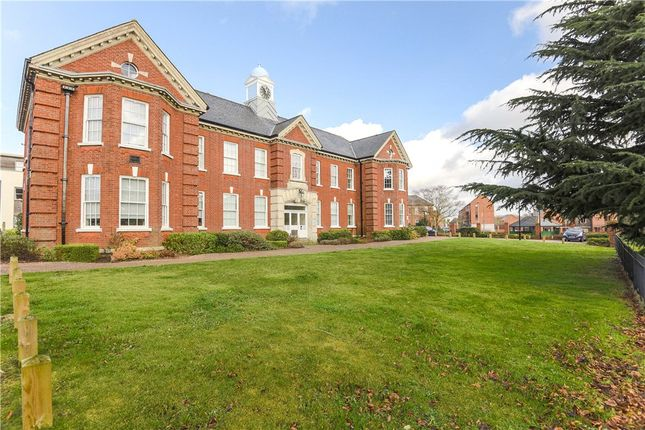 Thumbnail Flat for sale in Idsworth Court, Basingstoke, Hampshire