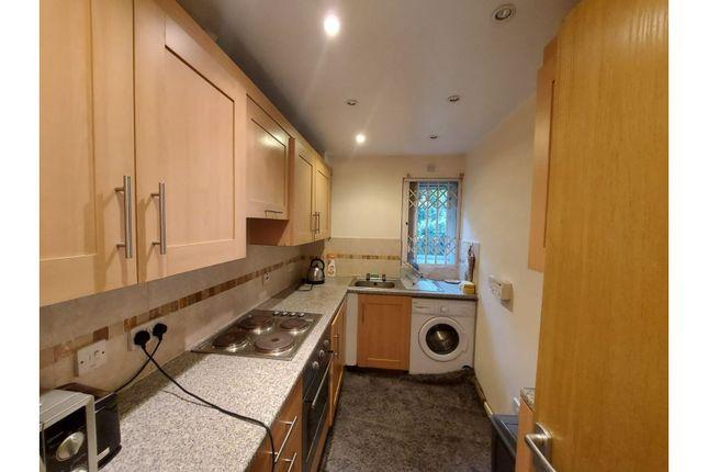 Kitchen of Headford Gardens, Sheffield S3