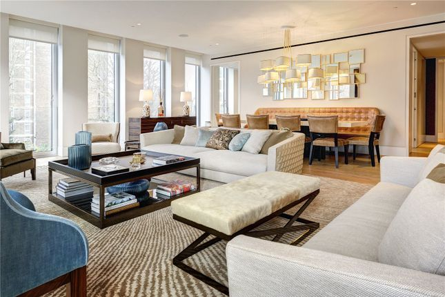 Thumbnail Flat for sale in Hollandgreen Place, London